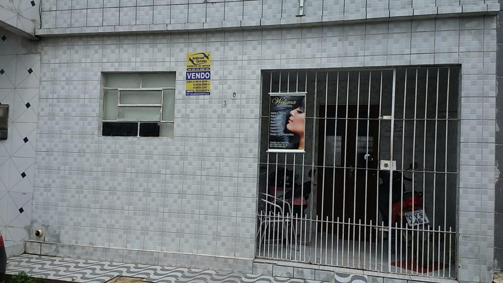 CASA COM EXCELENTE PREÇO