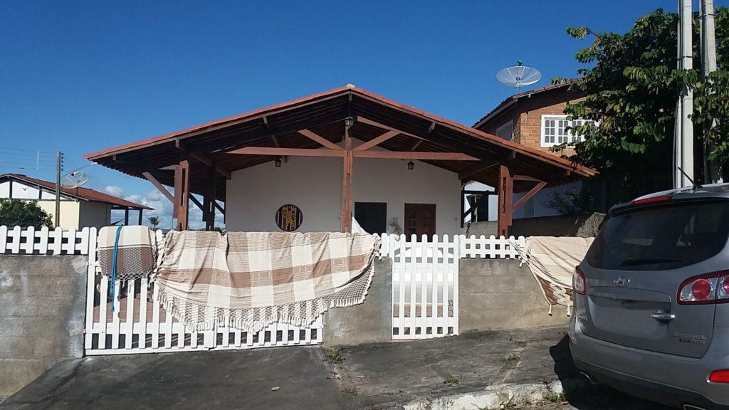 Ótima Casa Com Excelente Localização – De R$ 300 Mil Agora Por Apenas R$ 230 Mil