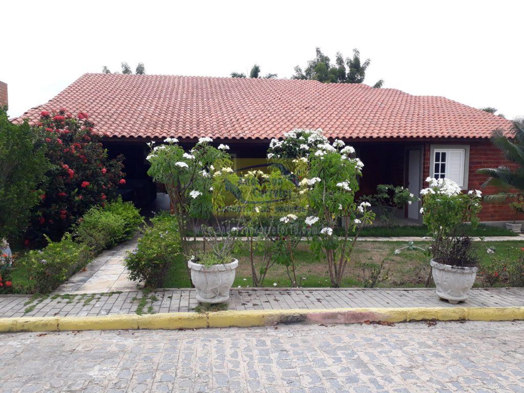 Alugo – Casa Bem Aconchegante E Com Ótima Estrutura