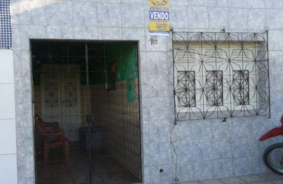 ACONCHEGANTE CASA NO CENTRO DE GRAVATÁ (CENTRO)