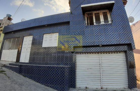 Casa Com Rua Calçada E Fácil Acesso Ao Centro