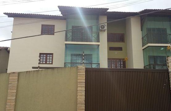 Apartamento Muito Aconchegando – Em Rua Principal