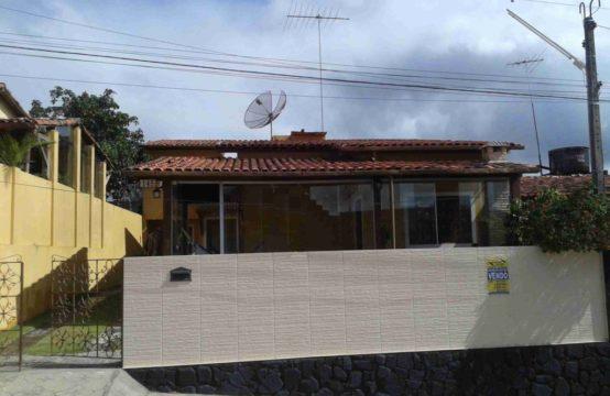 Casa Bem Aconchegante Com Blindex