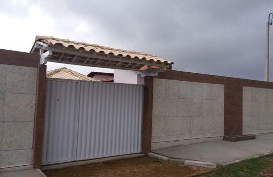 LINDA CASA FORA DE CONDOMÍNIO COM PISCINA E BANHEIRA DE HIDROMASSAGEM