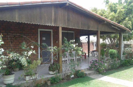 Casa Com Ótima Localização