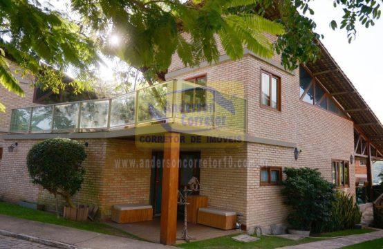 Excelente Casa Com Uma Linda Vista No Condomínio Pedra Do Caroá