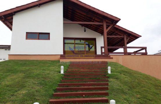 Alugo Linda Casa Em Condomínio de Alto Padrão