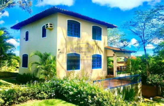 Belíssima Casa em Gravatá Com Arquitetura Colonial