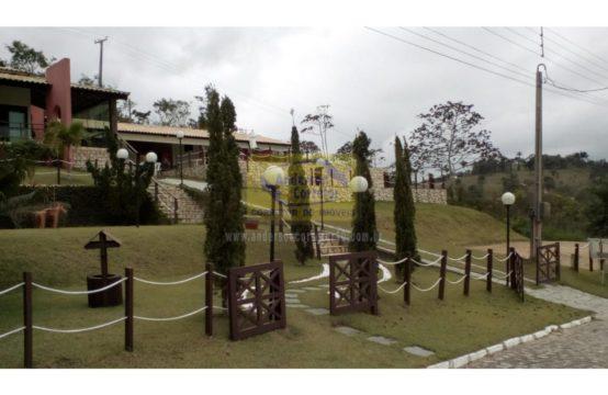 Alugo – Linda Mansão Em Condomínio Chã-Grande