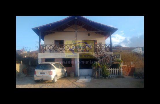 Alugo – Casa Com Excelente Espaço