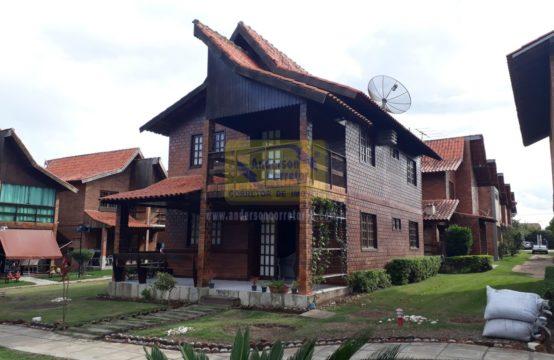 Vendo – Casa Bem Aconchegante – Em Condomínio
