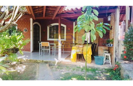 Casa Com Excelente Área Para Lazer – Em Condomínio