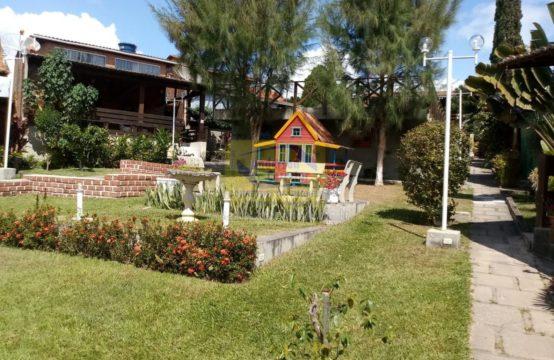 Linda Casa – Em Condomínio Com Ótima Localização – Privê Serrano