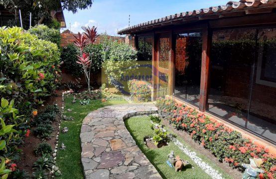 Oferta – Casa Em Condomínio Com Vista Área Verde E Muito Agradável Para O Descanso