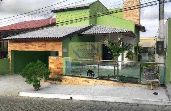 Linda Casa No Condomínio Villa Amélia Em Gravatá